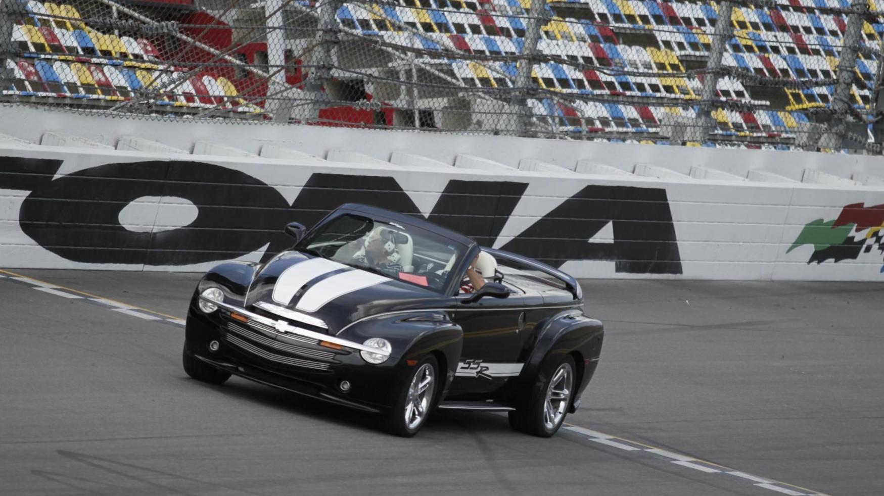 Car Show Orlando Chevy SSR Forum - Car show orlando