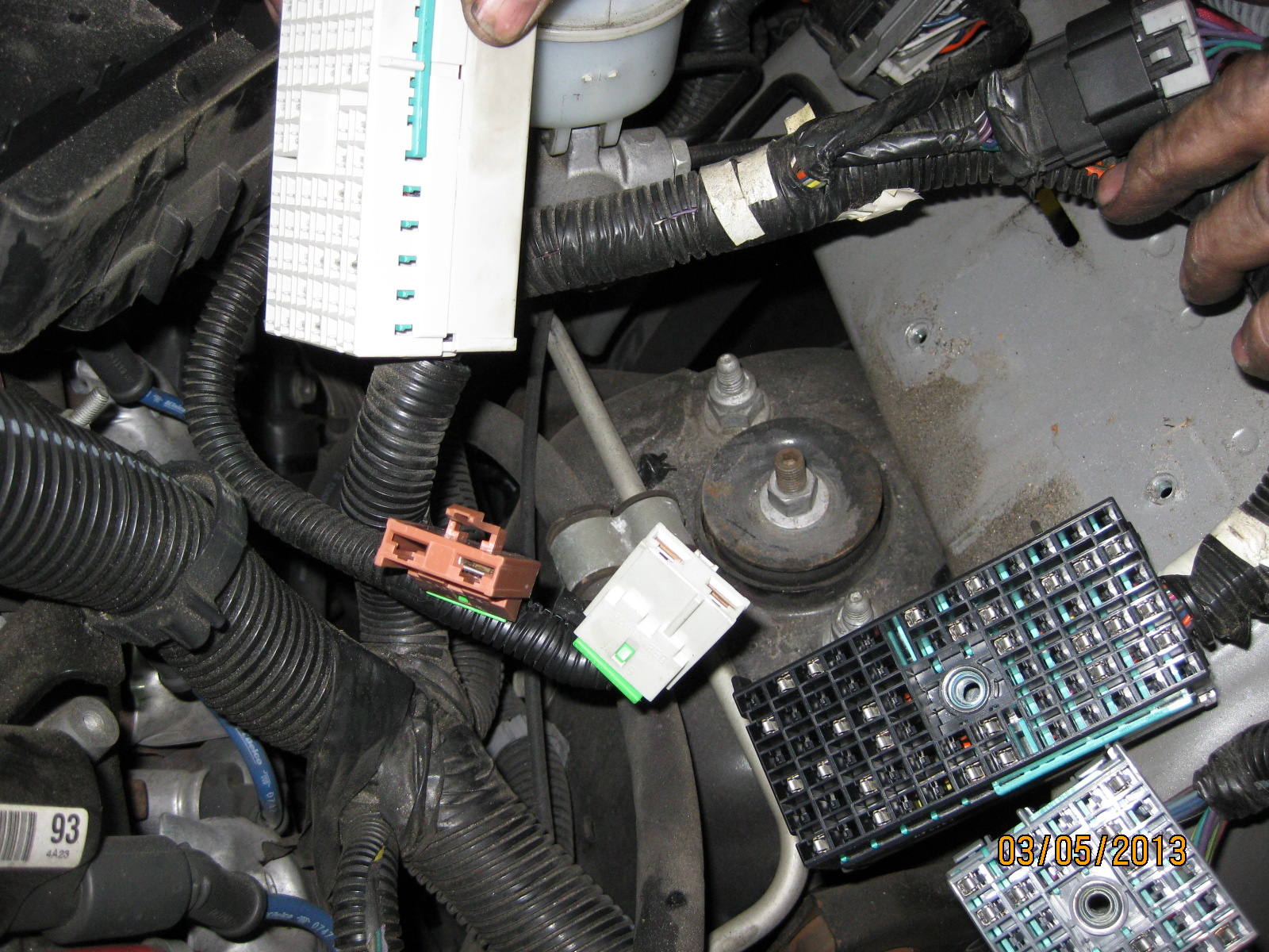 Main Engine Fuse Box Problem Pictures Chevy Ssr Forum 2011 Cruze Click Image For Larger Version Name Img 2436 Views 2984 Size 6871