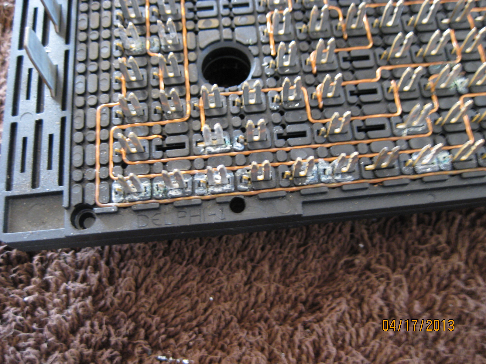126626d1366556250 main engine fuse box problem pictures img_2737 main engine fuse box problem pictures chevy ssr forum Fuse Box Adapter at reclaimingppi.co