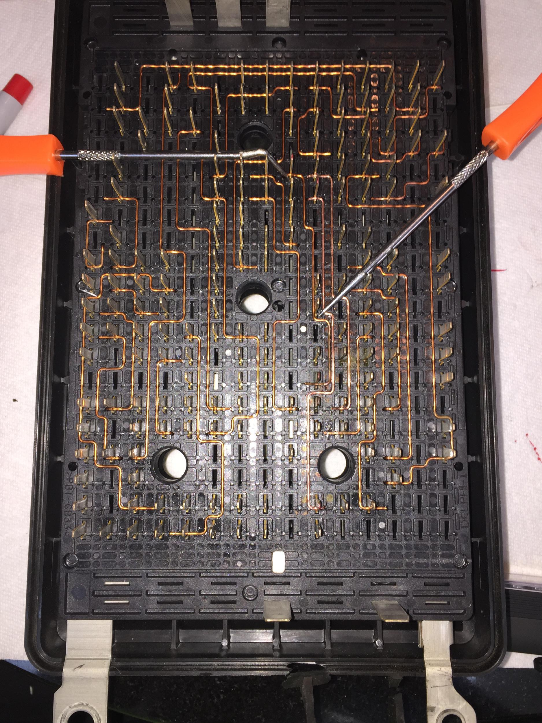 Gm Fuse Box Disassembly Manual Of Wiring Diagram Repair 06 R Bad Wire Chevy Ssr Forum Rh Ssrfanatic Com