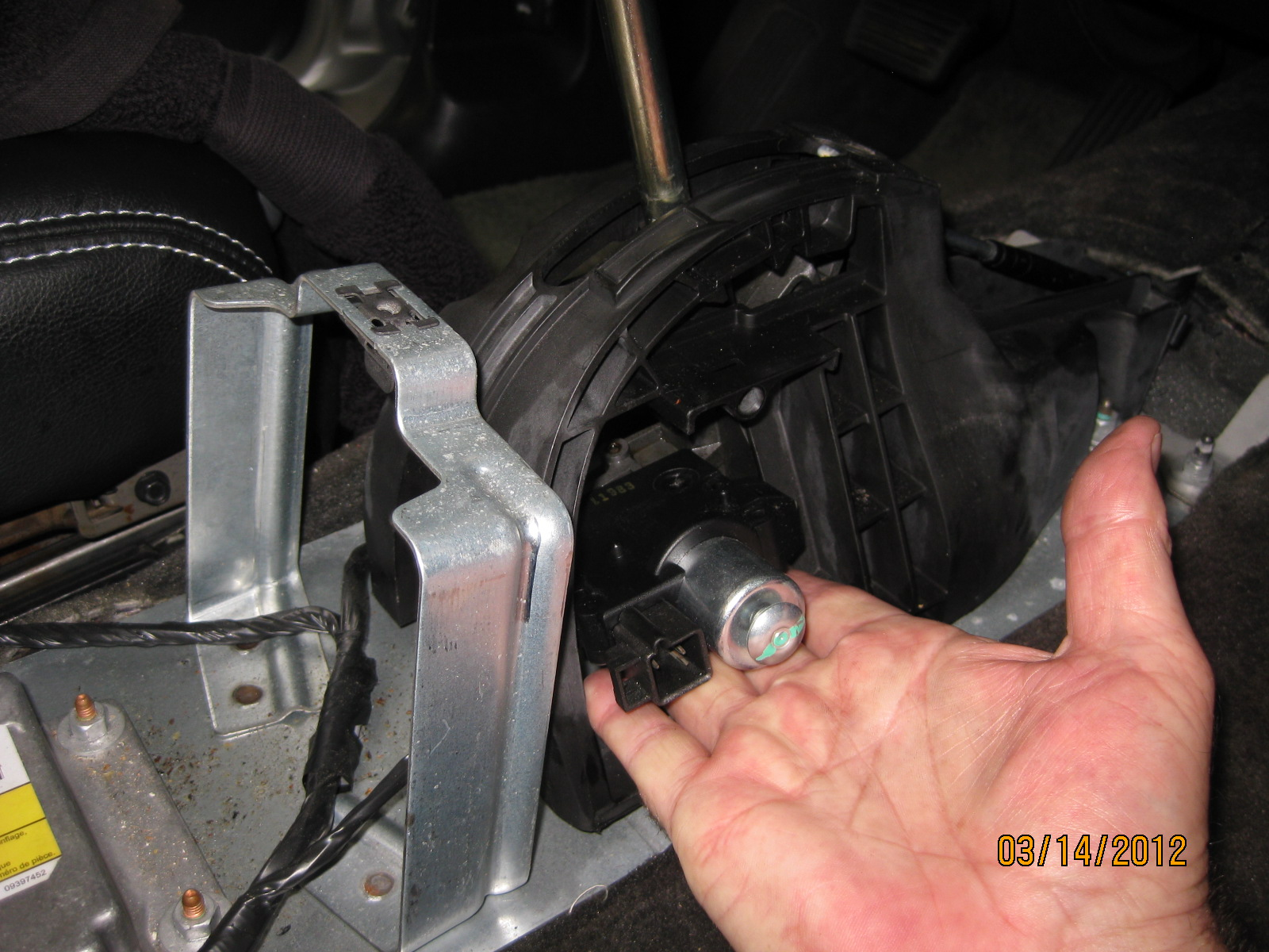 Shift Lock Control Actuator/Pictures-img_6768.jpg