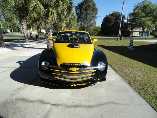 Showcase cover image for Jeffanatic's 2005 Chevrolet SSR