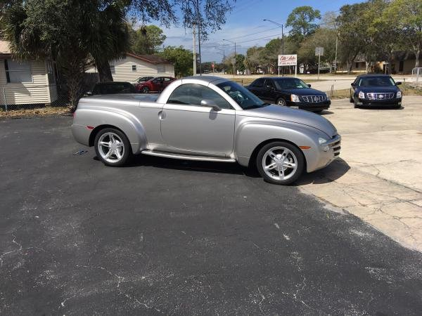 Showcase cover image for Screenman's 2005 Chevrolet SSR